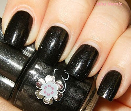 Simple-Black-Nail-Art Designs-Ideas-2013-2014-14