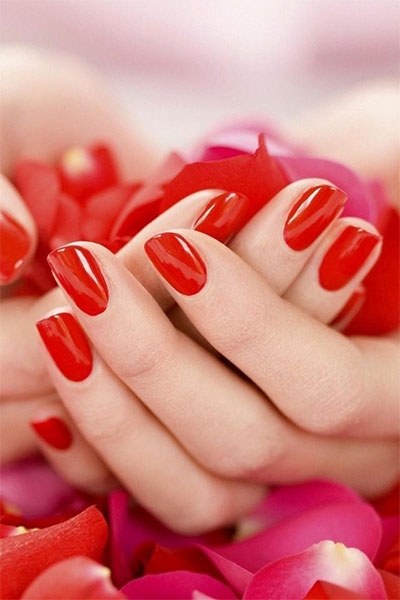 Simple-Red-Nail-Art-Designs-Ideas-For-Girls-2013-2014-7