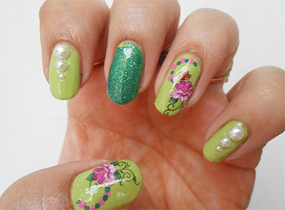 Green Nail Art Designs 22