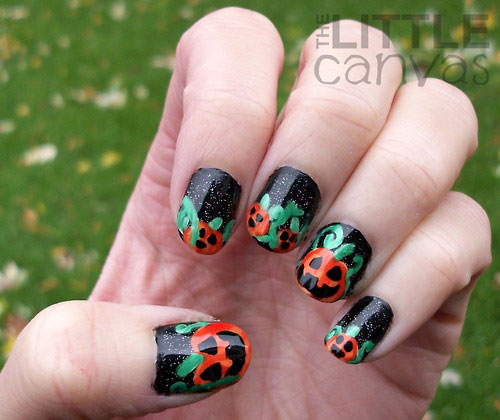Best-Yet-Scary-Halloween-Nail-Art-Designs-Ideas-Pictures-2013-2014-10