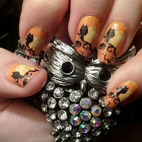 Best-Yet-Scary-Halloween-Nail-Art-Designs-Ideas-Pictures-2013-2014-11