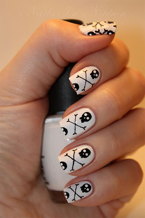 Best-Yet-Scary-Halloween-Nail-Art-Designs-Ideas-Pictures-2013-2014-7