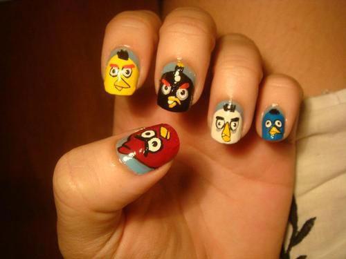 Cute-Angry-Birds-Nail-Art-Designs-Ideas-2013-2014-5