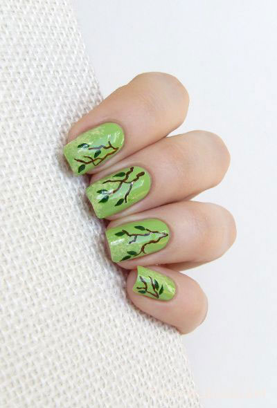 Green-Nail-Art-Designs-Ideas-2013-2014-9