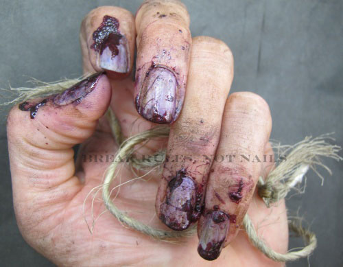 Scary-Halloween-Nail-Art-Designs-Ideas-Stickers-2013-2014-4