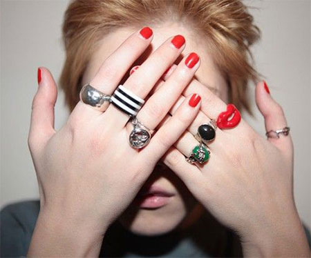 Amazing-Red-Nail-Art-Designs-Ideas-For-Girls-2013-2014-3