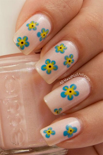 Simple-Easy-Flower-Nail-Art-Designs-Ideas-2013-2014-1
