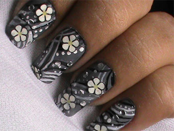 Simple-Easy-Flower-Nail-Art-Designs-Ideas-2013-2014-15