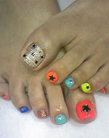 Best-New-Year-Toe-Nail-Art-Designs-Ideas-2013-2014-6