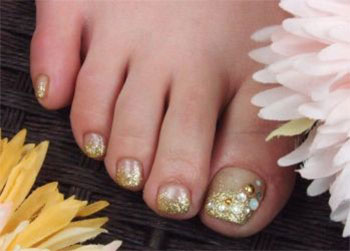 Best-New-Year-Toe-Nail-Art-Designs-Ideas-2013-2014-8