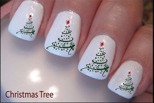 Easy Christmas Tree Nail Art Designs