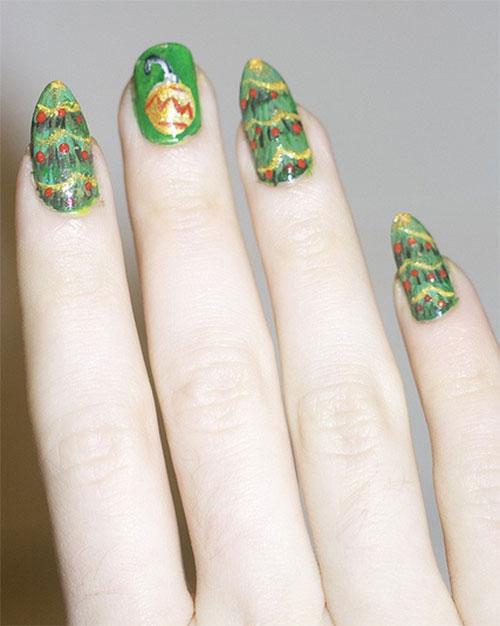 Simple-Easy-Christmas-Nail-Art-Designs-Ideas-2013-2014-7