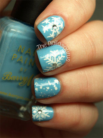 Easy-Simple-Snowflake-Nail-Art-Designs-Ideas-2013-2014-4