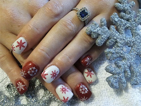 Elegant-Snowflake-Nail-Art-Designs-Ideas-2013-2014-1