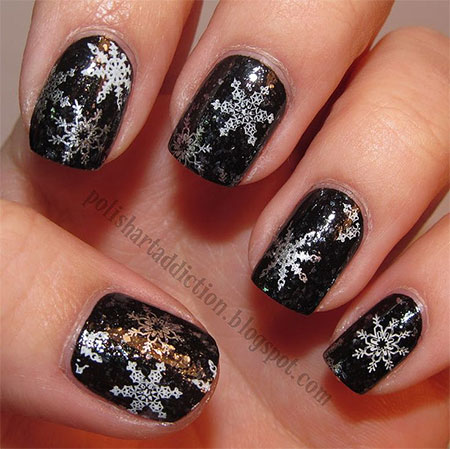 Elegant-Snowflake-Nail-Art-Designs-Ideas-2013-2014-4