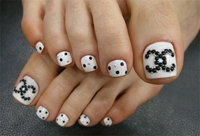 Winter-Toe-Nail-Art-Designs-Ideas-For-Girls-2013-2014-5