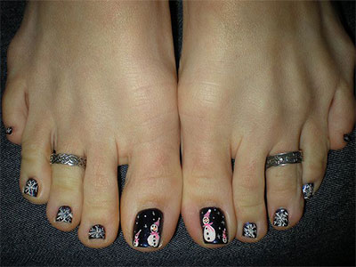 Winter-Toe-Nail-Art-Designs-Ideas-For-Girls-2013-2014-6