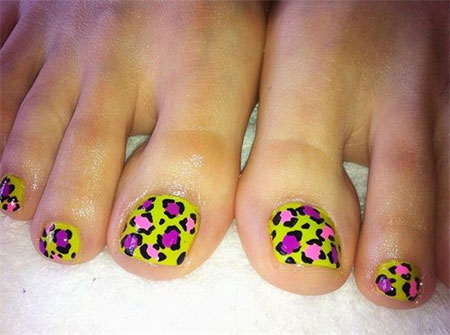 Easy-Zoo-Farm-Animal-Toe-Nail-Art-Designs-Ideas-2013-2014-4