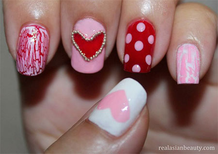 Inspiring-Nail-Art-Designs-Ideas-For-Valentines-Day-2014-Heart-Nails-5