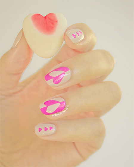 Inspiring-Nail-Art-Designs-Ideas-For-Valentines-Day-2014-Heart-Nails-9