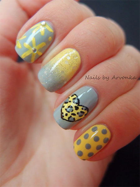 Simple-Nail-Art-Designs-Ideas-For-Valentines-Day-2014-Heart-Nails-14