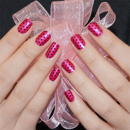 Simple-Nail-Art-Designs-Ideas-For-Valentines-Day-2014-Heart-Nails-15