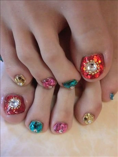 Wedding-Toe-Nail-Art-Designs-Ideas-2014-1