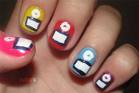 iPod-Inspired-Nail-Art-Designs-Ideas-Trends-2014-4