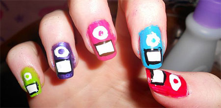 iPod-Inspired-Nail-Art-Designs-Ideas-Trends-2014-5