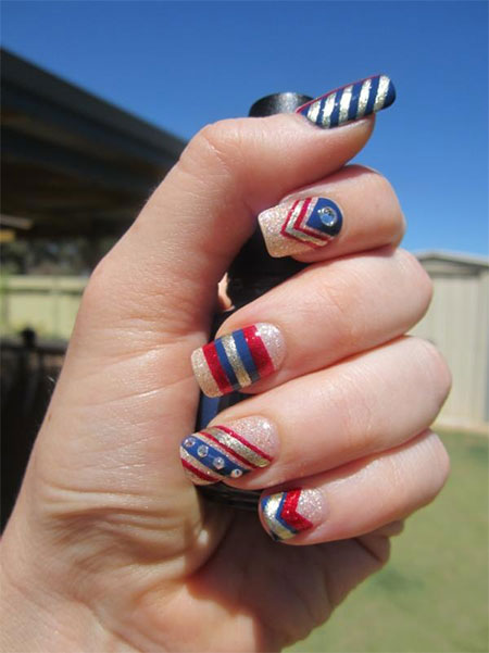 12-Easy-Wonder-Woman-Nail-Art-Designs-Ideas-Trends-Stickers-2014-12