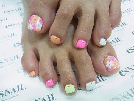 12-Summer-Themed-Toe-Nail -Art-Designs-Ideas-Trends-Stickers-2014-11