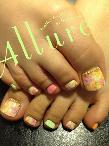 12-Summer-Themed-Toe-Nail -Art-Designs-Ideas-Trends-Stickers-2014-4