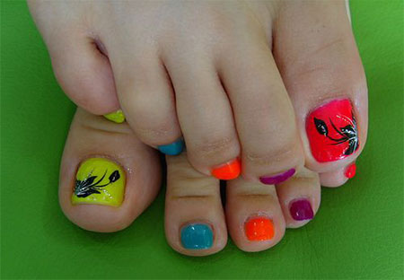 12-Summer-Themed-Toe-Nail -Art-Designs-Ideas-Trends-Stickers-2014-6