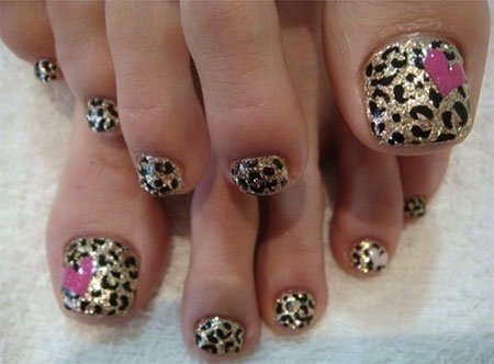 12-Summer-Themed-Toe-Nail -Art-Designs-Ideas-Trends-Stickers-2014-7