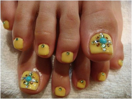 12-Summer-Themed-Toe-Nail -Art-Designs-Ideas-Trends-Stickers-2014-8