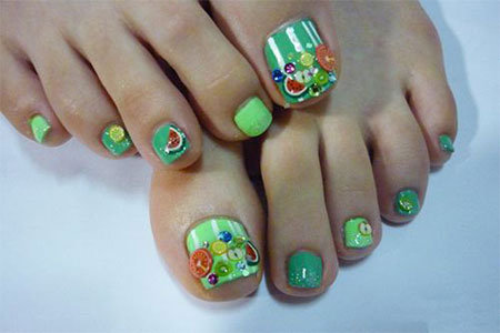 12-Summer-Themed-Toe-Nail -Art-Designs-Ideas-Trends-Stickers-2014-9