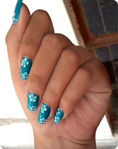 15-Stunning-Blue-Summer-Nail-Art-Designs-Ideas-Trends-Stickers-2014-12