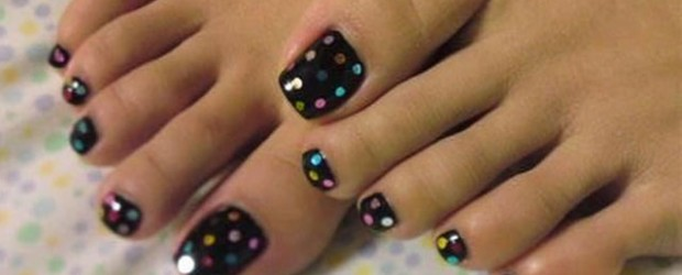 Simple-Summer-Inspired-Toe-Nail-Art-Designs-Ideas-Trends-Stickers-2014