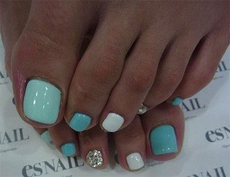20-Easy-Simple-Toe-Nail-Art-Designs-Ideas-Trends-For-Beginners-Learners-2014-14