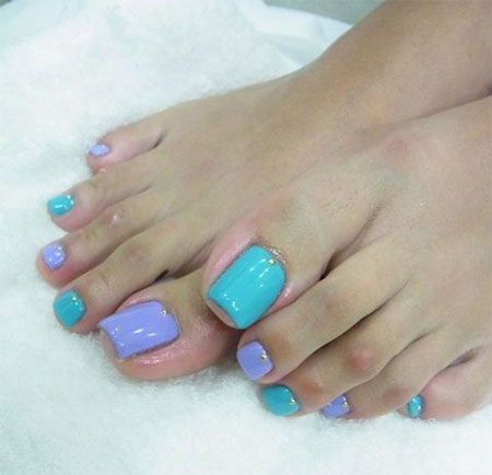 20-Easy-Simple-Toe-Nail-Art-Designs-Ideas-Trends-For-Beginners-Learners-2014-18