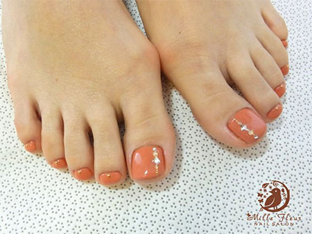 20-Easy-Simple-Toe-Nail-Art-Designs-Ideas-Trends-For-Beginners-Learners-2014-19