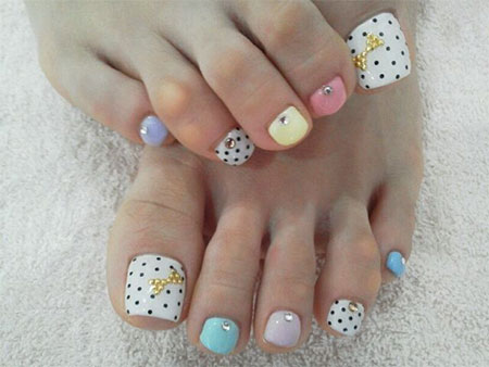 20-Easy-Simple-Toe-Nail-Art-Designs-Ideas-Trends-For-Beginners-Learners-2014-4
