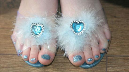 Disney-Themed-Frozen-Toe-Nail-Art-Design-Idea-2014-1