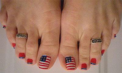 Elegant-Fourth-Of-July-Toe-Nail-Art-Designs-Ideas-Trends-2014-1