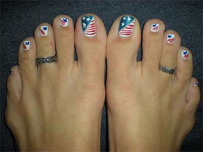 Elegant-Fourth-Of-July-Toe-Nail-Art-Designs-Ideas-Trends-2014-2