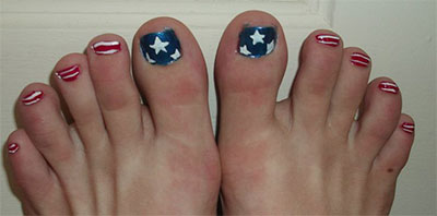 Elegant-Fourth-Of-July-Toe-Nail-Art-Designs-Ideas-Trends-2014-3