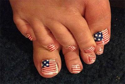 Elegant-Fourth-Of-July-Toe-Nail-Art-Designs-Ideas-Trends-2014-7