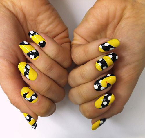 30-Polka-Dot-Nail-Art-Designs-Ideas-Trends-2014 -Polka-Dot-Nails-2