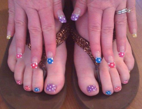 Easy-Polka-Dots-Toe-Nail-Art-Designs-Ideas-Trends-2014-2
