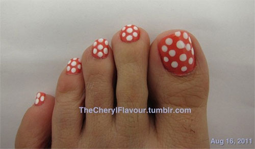 Easy-Polka-Dots-Toe-Nail-Art-Designs-Ideas-Trends-2014-6
